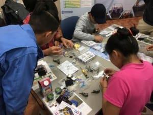 モンゴルにてロボット製作ワークショップを開催しました4.jpg